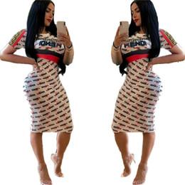 Abiti a lunga ginocchio online-Le donne di estate F lettera stampata il vestito di moda abiti aderenti gonna a maniche corte metà del ginocchio abiti casual club sportivo vestito S-XL C41501
