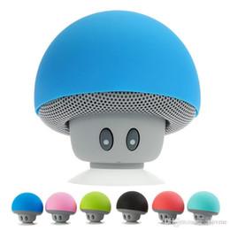 novos oradores cool Desconto 2018 brand new cool gadgets colorido mini alto-falante bluetooth speaker cogumelo 3.0 com microfone e ventosa para o telefone móvel ip6s atacado