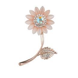Lindo Kawaii Cristal Flor Broche Pin Moda Rhinestone Boda Pasadores Broches para Las Mujeres Joyería Chaquetas de Mezclilla Collar desde fabricantes