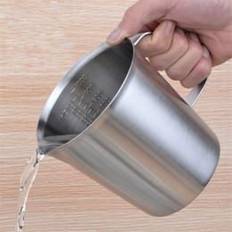 Copo graduado on-line-Copo De Medição De Aço Inoxidável Graduado / Cozimento / Líquido / Leite Copo De Café Jarra Medida para Cozinhar Ferramenta 500 ml / 1000 ml