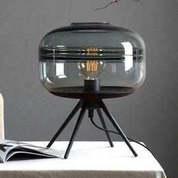 2019 mesa cinzenta Moderno americano candeeiro de mesa de vidro criativo quarto cabeceira marrom azul cinza sombra de vidro lâmpada suporte de ferro mesa de leitura