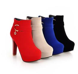 2020 botas de tornozelo de salto grosso vermelho tamanho grande 34 a 42 43 chiques plataforma de camurça grossas botas de calcanhar tornozelo inverno luxo designer botas mulheres preto vermelho azul bege botas de tornozelo de salto grosso vermelho barato