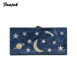 Sacos da lua da estrela azul on-line-Acrílico Pérola Azul Escuro Lua Estrela bolsa de embreagem das mulheres do casamento da senhora festa bolsa famoso designer crossbody ombro messenger bag # 201289