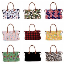 grande borsa floreale Sconti 17inch plaid Floral Leopard Duffel Bag 32 stili Big Travel camouflage camo Tote stampa animale borsa Double Handles Weekenders Bag LJJA2541
