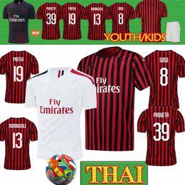 Kit de futebol ac milan on-line-Thai 18 19 20 Soccer Jersey AC Milan 2019 2020 Piatek Football Shirt 8 SUSO 2 CALABRIA Cutrone Homens Crianças Kits Football Jerseys