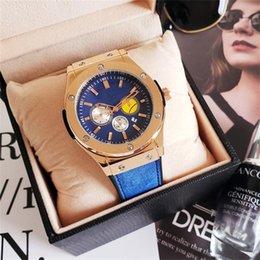 I nuovi migliori orologi orologi al quarzo da uomo orologi top di lusso di alta qualità di alta qualità orologi al quarzo all'ingrosso spedizione gratuita cheap watch sellers da guarda i venditori fornitori