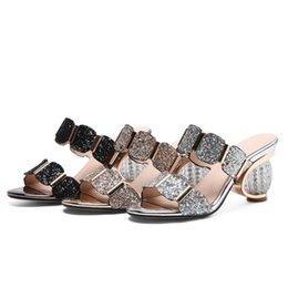 2019 sapatos de baile de ouro preto Moda verão senhoras chinelos elegante confortável Rhinestone prom sapatos de casamento mulheres mulas de prata de Ouro preto sapatos de baile de ouro preto barato