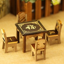 Factory Direct Mini Mesas y sillas Juegos infantiles Juguetes de madera Juguete Mesa cuadrada Mezcla de dibujos animados desde fabricantes
