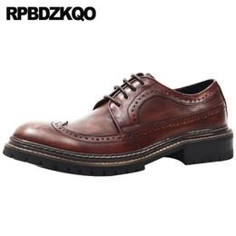 Pinsel Büro Brown Derby Formal Echtes Leder der britischen Art Oxfords Brogue Geschäft Wingtip Italienisch Männer Kleid Schuhe Luxus