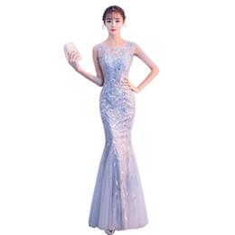 Canada Elegant Gris Asiatique Qipao Broderie Sirène Cheongsam Robe Vestidos Chinos Oriental Robes De Mariée Robes De Soirée Taille XS-XXL cheap asian elegant dress Offre