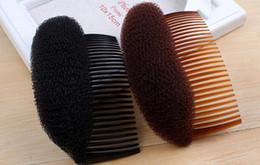 Hair Styler Volume Bouffant Beehive Shaper Roller Bumpits Bump Foam On Clear Pettine Accessori natalizi da accessori dei capelli del rhinestone giallo fornitori