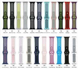Canada 42mm 38mm S L taille pas cher en caoutchouc Silicone Bracelet coloré pour Apple Watch 44mm 40mm Bracelet Bracelet Sport pour apple iwatch Série 4 21 Offre