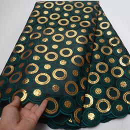 cordones de organza doble Rebajas (5 yardas / pc) 2019 tela de encaje de organza doble africana más nueva en verde oscuro con bordado de lentejuelas doradas para vestido de fiesta OP114