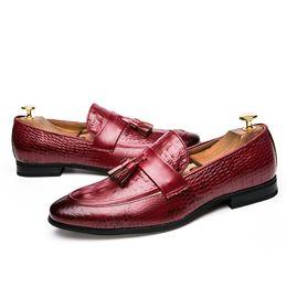 Formal Shoes Men's Shoes Drop Shipping Fashion Mens Tassel Office Footwear Leather Italian Formal Snake Skin Dress Shoes 2019 New Fashion