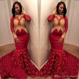 2def389540d Superbe robes de bal rouge 2019 tenues de soirée avec manches longues 3D  fleurs roses en dentelle arabe Dubai Black Girl robe de soirée robes de  soirée