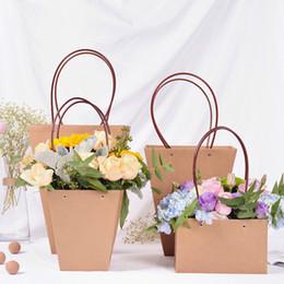 Kahverengi Kağıt Torba Saksı Dükkanı Ambalaj Malzemesi Taze Bitki Çiçek Taşıyıcı Su Geçirmez Çanta Parti Hediye için Ar ... supplier wholesale fresh flowers nereden toptan taze çiçekler tedarikçiler