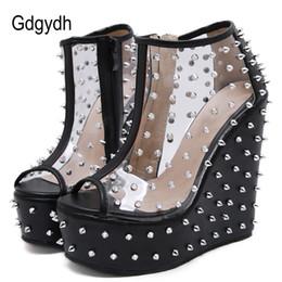 Сапоги с открытыми носками онлайн-Gdgydh 2019 Summer Rivets Boots Open Toe Wedges Platform Female Ankle Boots Patent Leather Metal Accessories Short Size 40