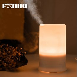 L'humidificateur ultrasonique USB chargeant le diffuseur d'arome d'huiles essentielles d'Aromatherapy de lumière de nuit menée de lumière de nuit pour la maison ? partir de fabricateur
