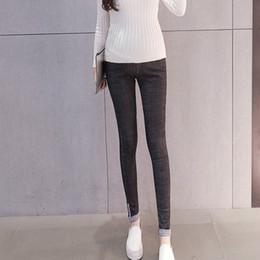 calças de oferta Desconto Nova oferta especial de algodão elástico calças de maternidade calças de ganga para a gravidez roupas calças grávidas outono inverno 2019 Plus Size
