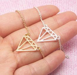 Zierliches silbernes armband online-1 Flaches Dreieck Diamantkegel Armbandschmuck subulieren Dainty Cut Out Subulate-Armbänder Geometrisches Polygon, das Dreieck-Armbänder schichtet