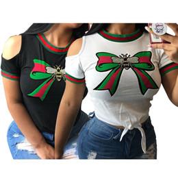 le magliette delle donne stampano gli archi Sconti T-shirt da donna Bow bee stampa senza spalline spalla manica corta moda sexy girocollo mezza manica nuovo stile all'ingrosso