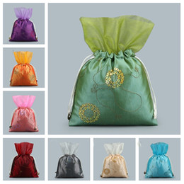 Bolsas de regalo con cordón chino online-New chinese Sequined yarn flower drawstring bag wedding gift bag jewelry collection bag gift wrap T2C5018