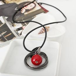 pendentif perles rouges Promotion En gros De Mode Rouge Blanc Perle Balle Pendentif Colliers Cadeaux Cadeau Nouveaux Cercles Simulé Femmes Noir Chaîne Maxi Collier Bijoux