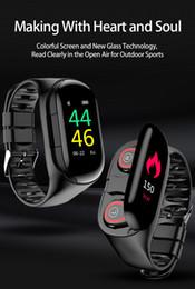 Deutschland LEMFO M1 Neueste AI Smart Uhr Mit Bluetooth Kopfhörer Pulsmesser Smart Armband Lange Zeit Standby Sportuhr Männer Versorgung