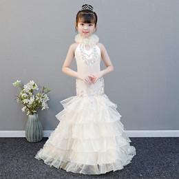 2019 Carino Tulle sirena Flower Girl Dress Pizzo Applique Increspato Bow Sash Low Back Piano Lunghezza Festa di compleanno della ragazza Abiti Pageant da