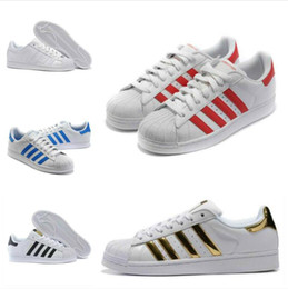 scarpe casual mens popolari Sconti Sconto 2019 Quotati Super White Star Ologramma iridescenti Junior Superstars 80s Orgoglio DONNA UOMO Formatori da tennis Casual Shoes Size 35-44