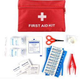 Getriebe präzision online-Precision New First Aid Überleben Wrap Gear Hunt Camp Notfallmedizin Kits Paket Außentaschen Rot 20 * 14 cm 13 Stück Anzug Pflaster Gaze
