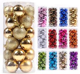sfere colorate di natale di plastica Sconti New Fashion Colorful Unisex Plastic Christmas Balls Novità Ornamento Regali Giocattoli Party Decorazioni per la casa Spedizione gratuita