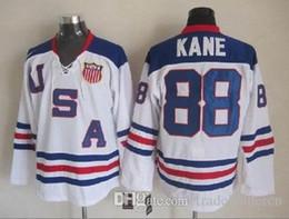 Черный хоккей джерси продажа онлайн-# 19 Jonathan Toews # 88 Patrick Kane 2017 Winter Classic White CCM Черный Красный 75TH Chicago Blackhawks Хоккейные майки на продажу