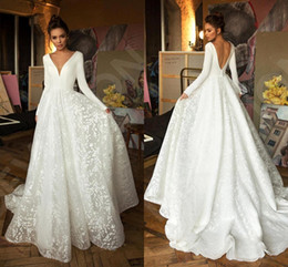 robe long muslim Promo Codes - Robe de mariee Long Sleeve Wedding Dresses 2020 Luxury Designer Lace Stain V-neck Princess Church Garden Bride Informal Wedding Gown