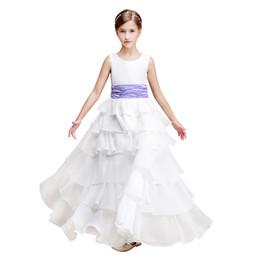 Canada Organisé à plusieurs niveaux Princesse Robes de fille de fleur avec fleur à la main 2019 Jewel Neck Robes de baptême Longueur étage robes de communion cheap handmade christening dresses Offre