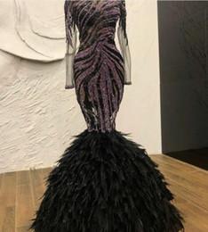 Argentina Vestido de noche Yousef aijasmi Kim kardashian Cristales negros Pluma Sirena Un hombro Dividir Manga larga Encaje Cristal Zuhair murad 103 Suministro