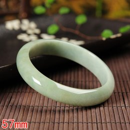 2019 pendentif ovale plaqué or en gros Jade birman bracelet de jade vert pâle Véritable naturel A goods 57 # grand cercle bouche bracelet poignet avec certificat
