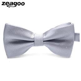 Ganci di legame di arco online-Donne Uomo Dot Pattern Regolabile Bow Tie Cravatta Gancio Nodo di nozze Matrimonio, Party, ecc Tutte le stagioni Party