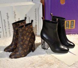Botas Martin de nueva moda para mujer Zapatos de cuero zapatos de tacón alto para damas Diseño de lujo Botas de caballero # 26 desde fabricantes