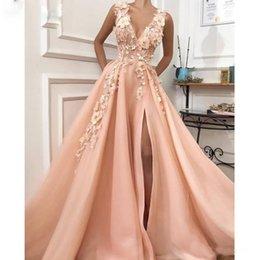 Drapieren vorderes hemd online-Rosa A-line Side Split Abendkleid Tiefem V-Ausschnitt 3D Blume Perle Abend Party Kleider Drapiert Tiered Rock