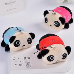 Piccolo panda panda online-Ricamo Panda Plush Toys Piccolo peluche Pendente Peluche Animali Decorazione della casa Bambini Cuscino Regalo di compleanno Colore Casuale