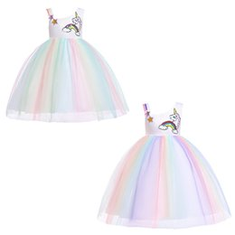 Meninas traje arco íris on-line-Meninas Unicórnio Vestidos 2 + Halloween Rainbow Malha TUTU Vestido de Lantejoulas Appliqued Vestido de Renda Crianças Designer de Festa Peform Traje 1-6 T