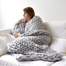 2020 merino lã tricô Super Grosso Fio Merino Lã Inverno Quente Lance Cobertor Capa de Sofá Robusto Cobertores De Malha Colchas Artesanais Cobertor Macio merino lã tricô barato