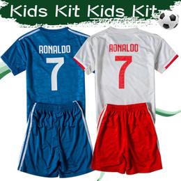 2019 jersey para niños ronaldo Kits de Niños 2019 # 7 Ronaldo de fútbol ausente Jersey 19/20 # 10 # 4 Dybala DE Ligt tercera camiseta de fútbol Uniformes Boy fútbol con los pantalones rebajas jersey para niños ronaldo