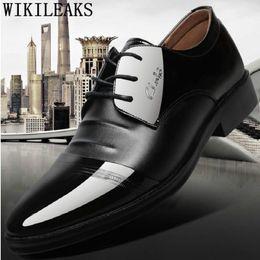 каблук открытый Скидка Лакированная кожа прическа мужчины платье обувь кожаный костюм обувь Оксфорд для мужчин zapatos де hombre де vestir формальный sepatu Приа
