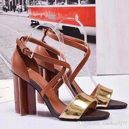 amerikaner mode high heels Rabatt 2018 europäischen und amerikanischen neuen damen schuhe mit hohen absätzen hochwertige mode persönlichkeit raues leder sandalen für party banque