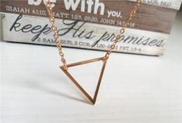 Canada cecmic womens 18k plaque d'or triangle en vrac film collier bijoux collier africain pour femme et filles cheap african movies Offre