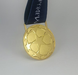 2019 Champion de la Coupe des Clubs de la Ligue de Football Europe, Médaille d'Or Final Madrid 2019 Vainqueur Vainqueur Football Souvenirs Cadeau ? partir de fabricateur