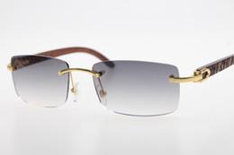 Graue marke sonnenbrille online-Geschnitzte hölzerne randlose Sonnenbrille des Designers 3524012 Marke geschnitzte hölzerne Sonnenbrille Großhandelsmarke HEISSE Unisexsonnenbrille grau