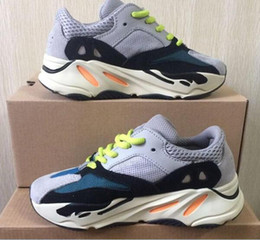 brand new 90ddb 9f3d9 Kinder Schuhe Wave Runner 700 Kanye West Laufschuhe Jungen Mädchen Trainer  Sneaker 700 Sportschuh Kinder Sportschuhe
